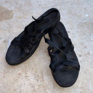 Black Merrill sandals